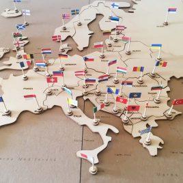 Puzzle Hartă Europa cu Steaguri
